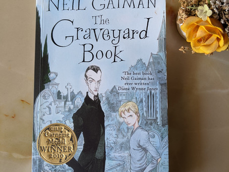 Book Review: The Graveyard Book By Neil Gaiman