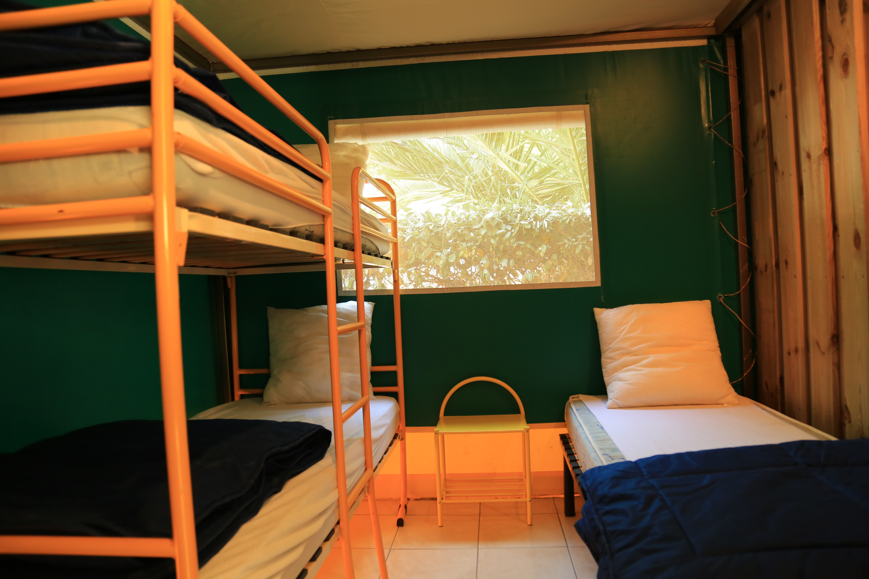 Location tente avec 2 chambres, 34