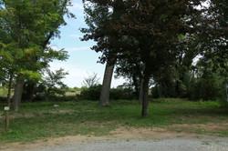 Emplacement nu au Camping Le Garel.