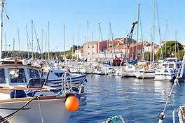 Le port de Bouzigues.