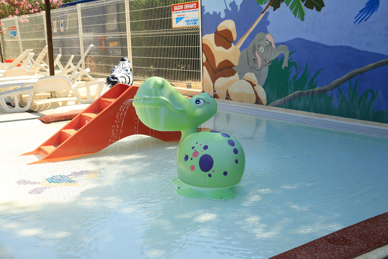 Bassin ludique pour enfants, Hérault