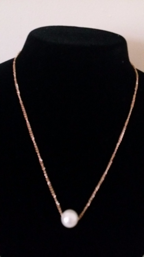 Gold chain with pearl pendant statement necklace ireland ie a gold pearl pendant chain mozeypictures Image collections