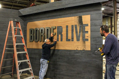 Discovery Channel: Border Live