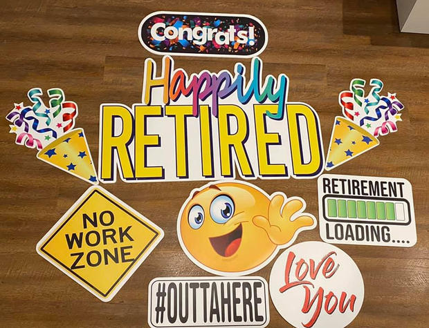 Happy Retirement Yard Cards - Poppin Decor