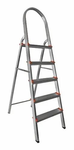 Escada de Alumínio Doméstica Ágata - 05 Degraus