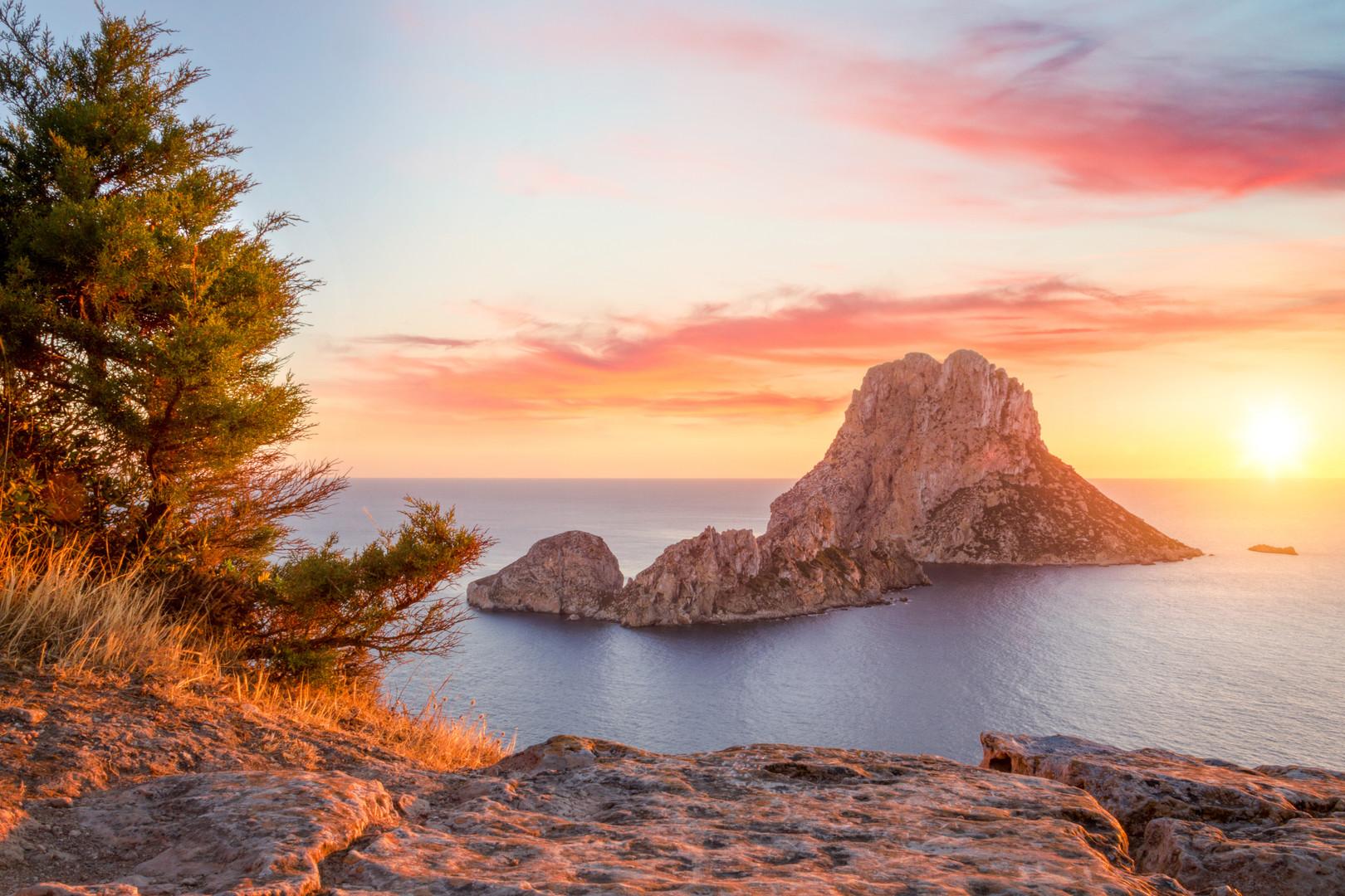Es Vedra at sunset, Ibiza, Spain.jpg