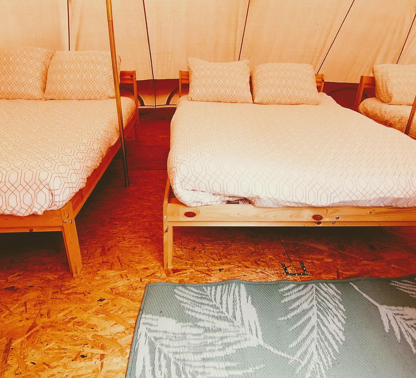 6 persons sleeping tent