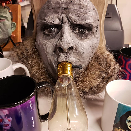 Uncle Fester working lamp