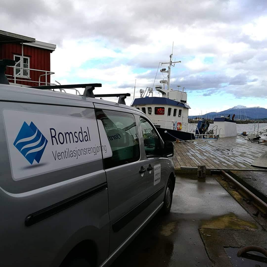 Rengjøring for Lovart Aqua logistics
