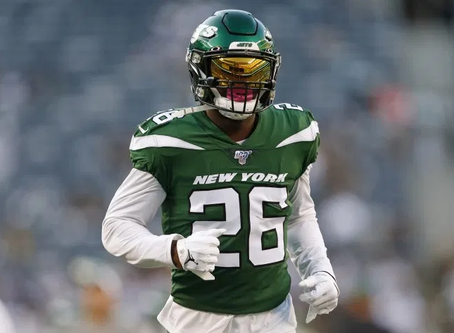 Le'Veon Bell Could Be A Free Agent At 4:01pm Wednesday Afternoon.....And Then A Patriot?