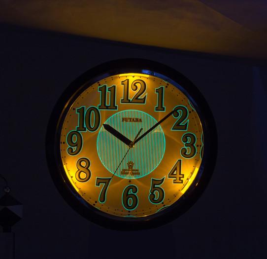 IMG_9401-0769 黑暗中夜光+燈光顯示 1.jpg