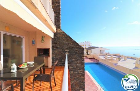 Terraza-vistas-piscina 2.png