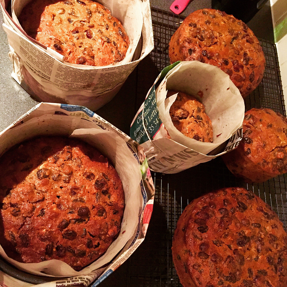 baked Christmas cakes