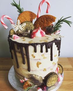 Christmas themed drip cake