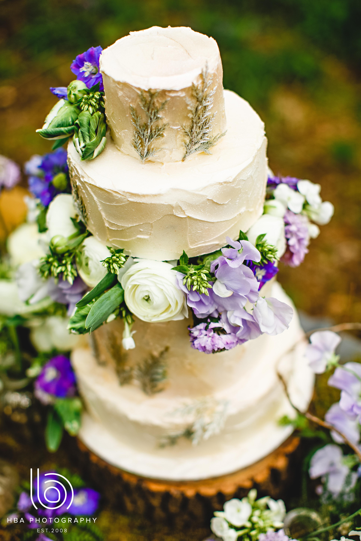Butter-cream wedding cake