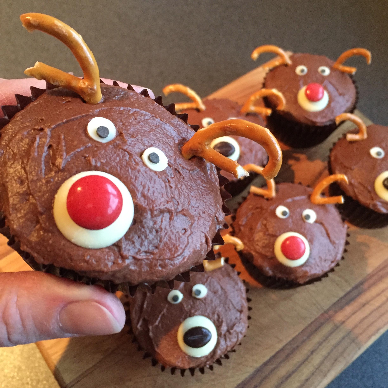 Christmas reindeer cupcakes