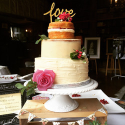 3 tier country wedding cake