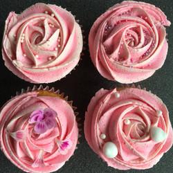 Pink swirly cupcakes