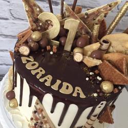 21st Drip cake