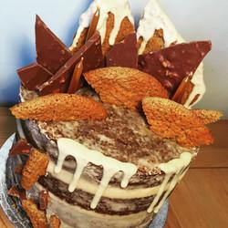 Semi naked ginger cake