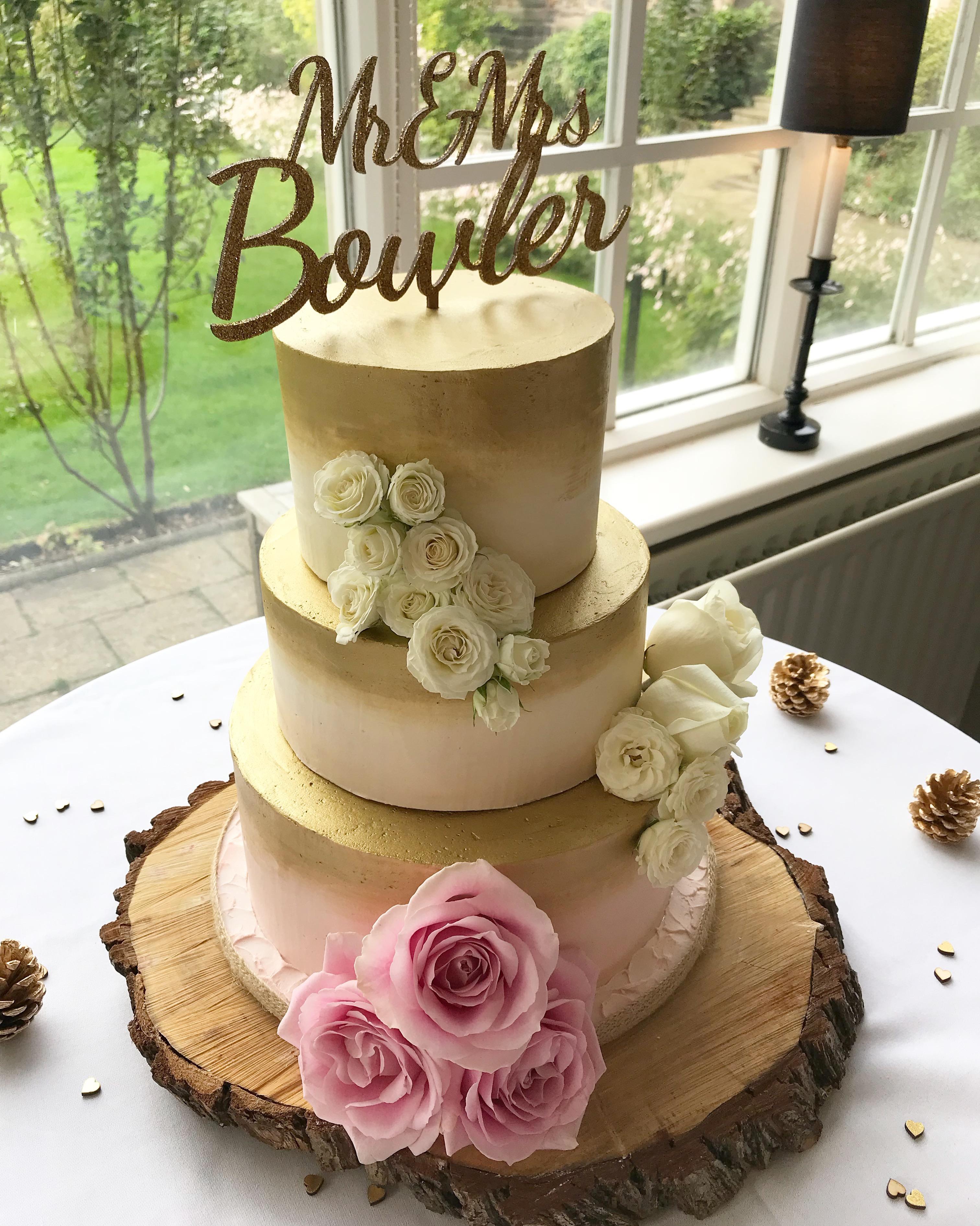 Blush & Gold wedding cake