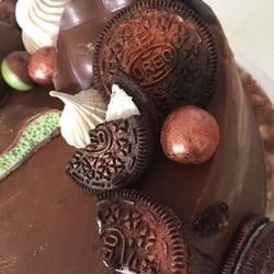 Mint Aero & Oreo cake