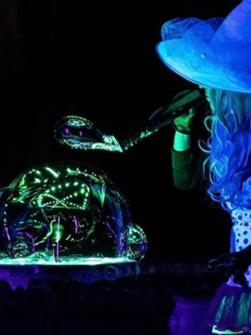 The Glow Bubble Show