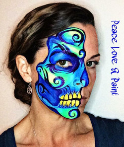 UV skull with swirls