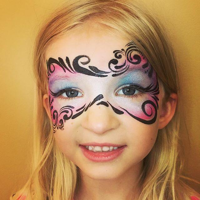 Swirly Princess Mask