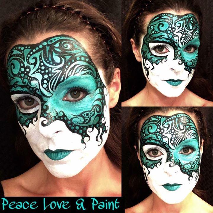 Green Mardi Gras Mask