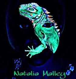 UV Neon Iguana under blacklight