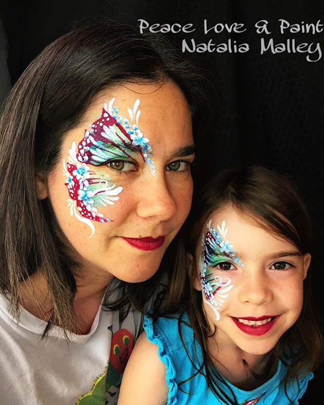 Mother Daughter Butterfly Eye Design