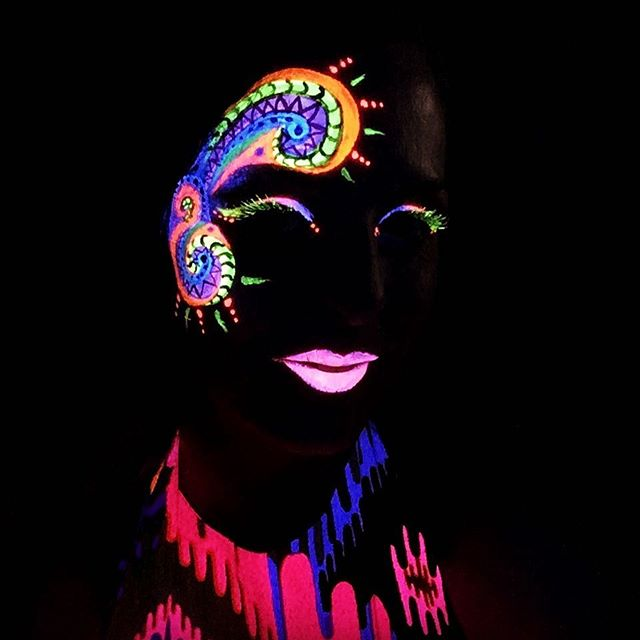 UV Blacklight Neon Face Painting