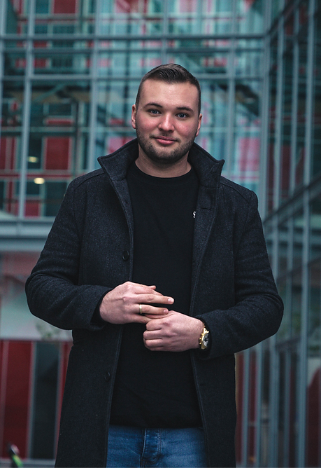 Sascha Denis Blömer Designagentur in Sol