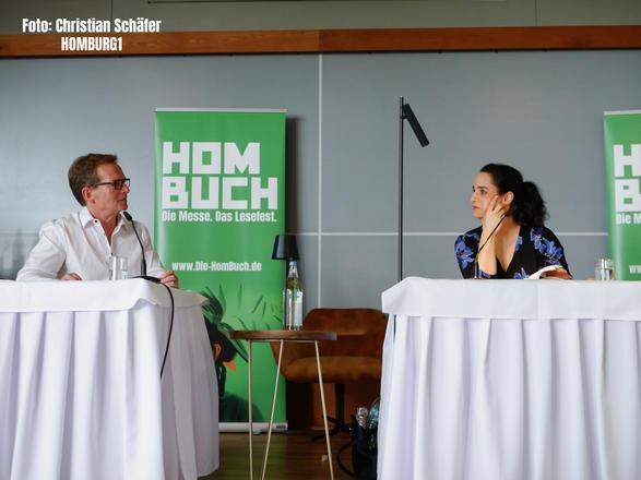 im Gespräch mit SR-Moderator Peter König