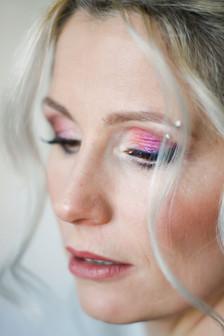 Make-Up in Rosa-/Beerentönen