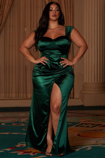 """Belle of the Ball"" Curvy Dress"