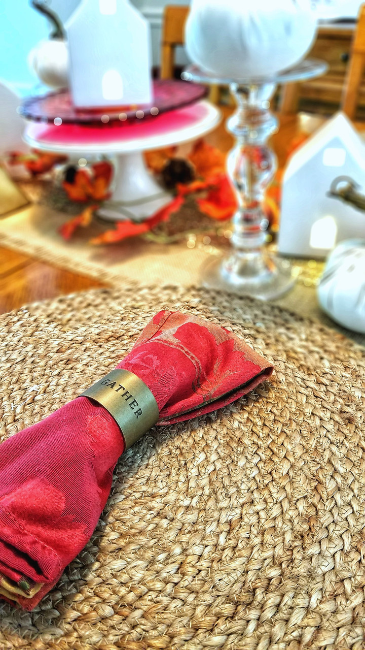 Warm and Simple Fall Tablescape