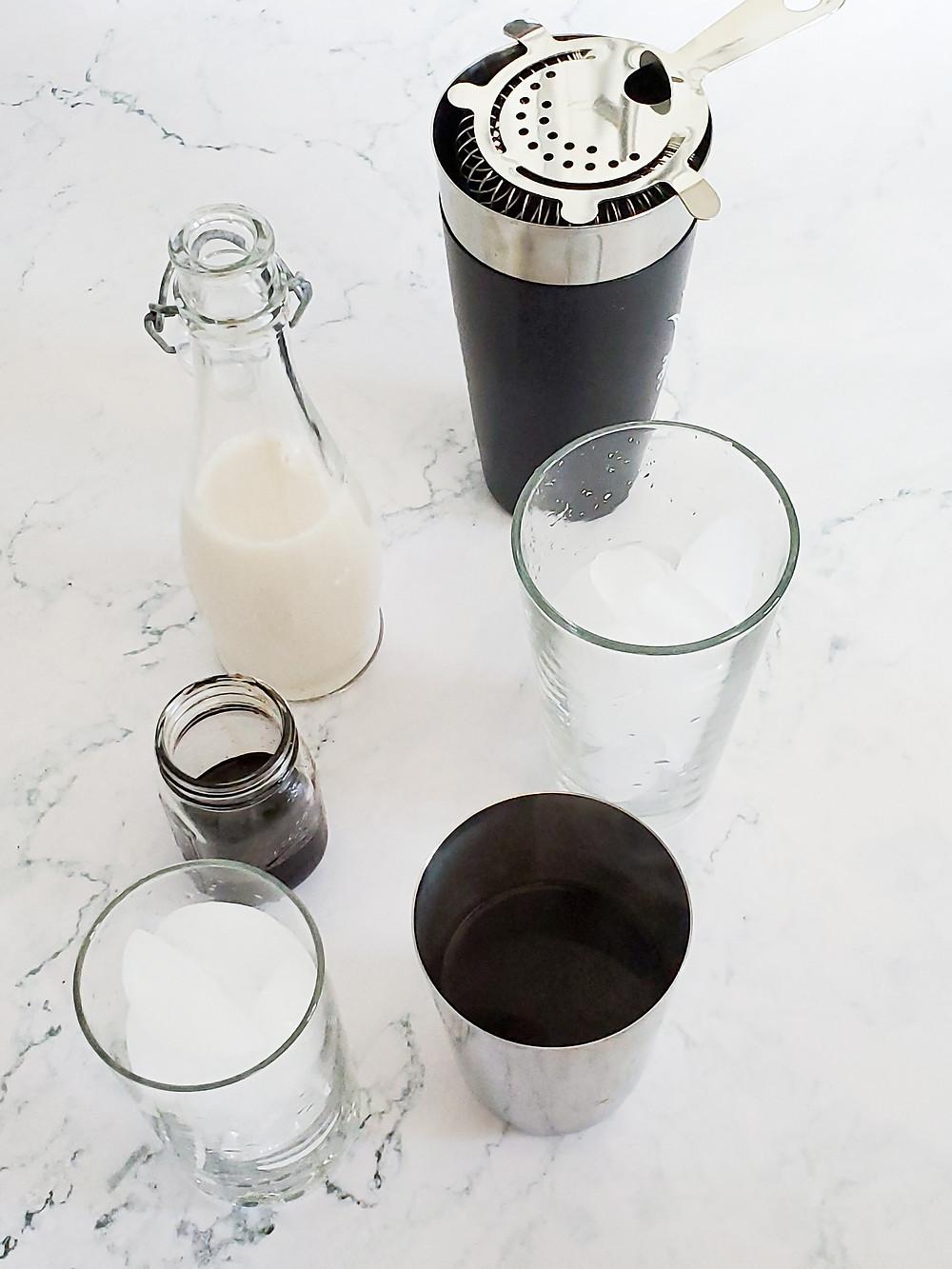 kitchen tools for Iced Brown Sugar Shaken Espresso