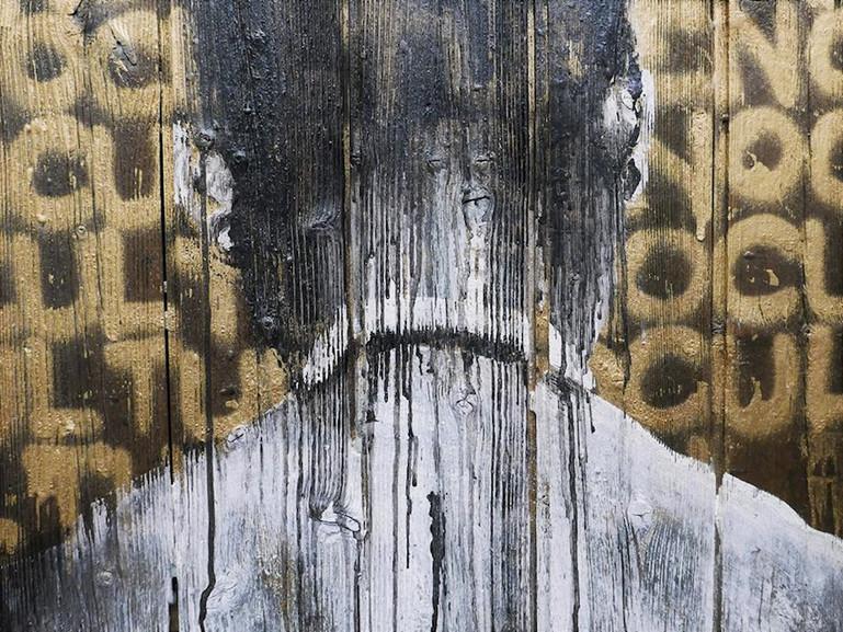 """Kouka Ntadi, Art on wood """"Palissades"""""""