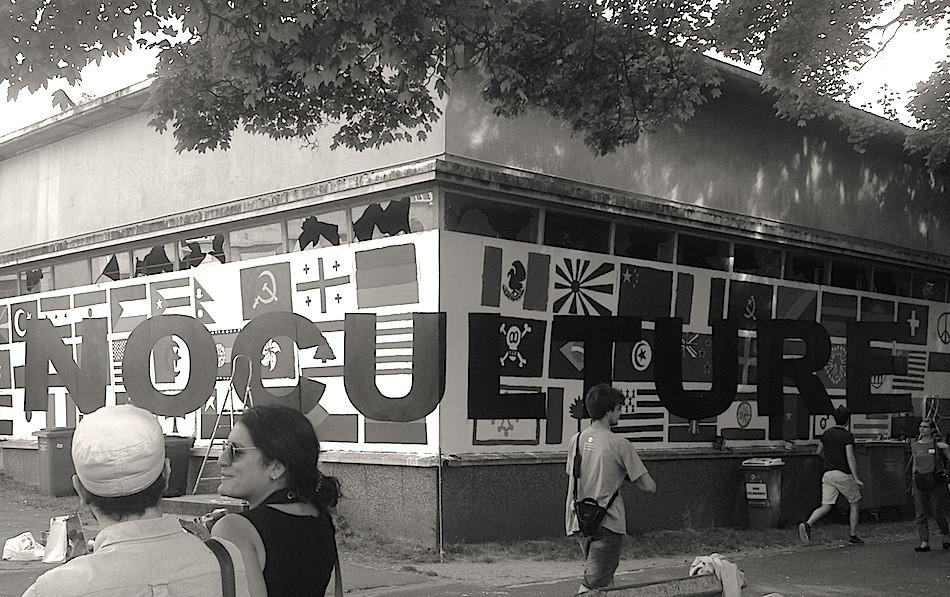 Kouka Ntadi, Projet Art urbain collaboratif