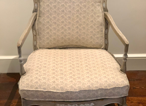 RAOUL LINEN BERGERE CHAIR WITH FLANGE DETAIL