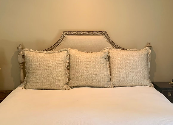 KING HEADBOARD WITH CARVED TRIM