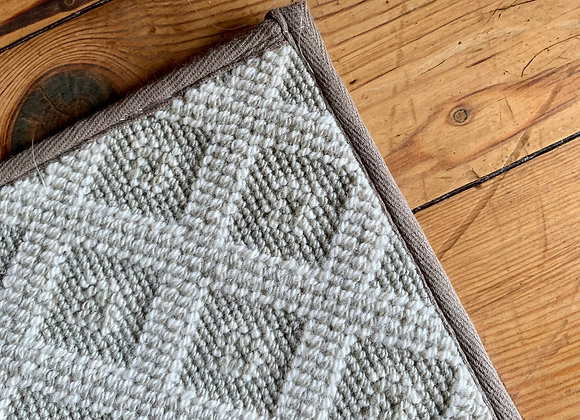 GREY WOOL AREA RUG FROM KISERS