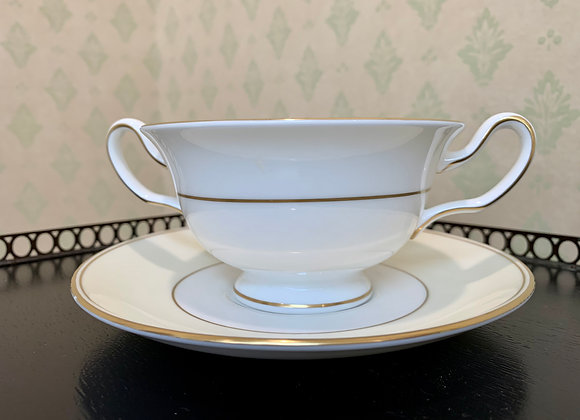 SET OF 12 WEDGEWOOD BOWLS & SAUCERS
