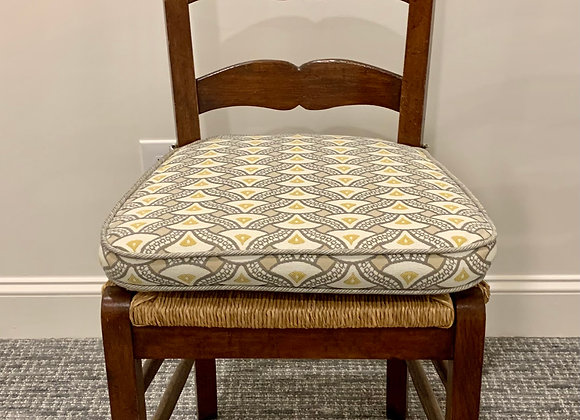 SET OF 4 FARMHOUSE DINING CHAIRS