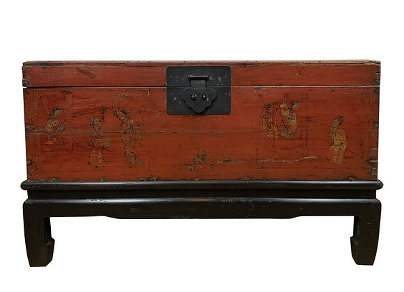 RED LACQUER CHINESE TRUNK