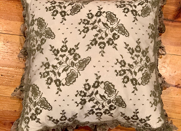 BELLA NOTTE LACE THROW PILLOW