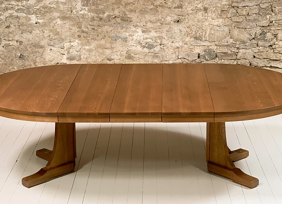 STICKLEY MISSION STYLE DINING TABLE