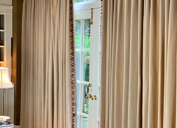 LARGE PINCH PLEATED DRAPERY